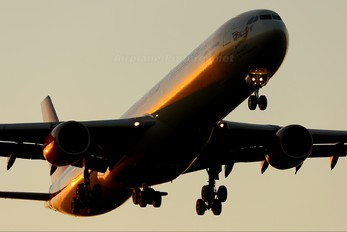 G-VEIL - Virgin Atlantic Airbus A340-600