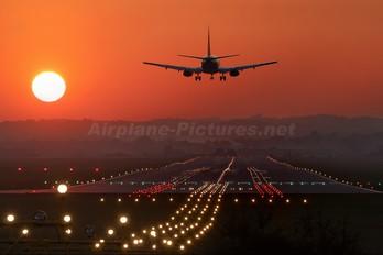 - - Jet2 Boeing 737-400