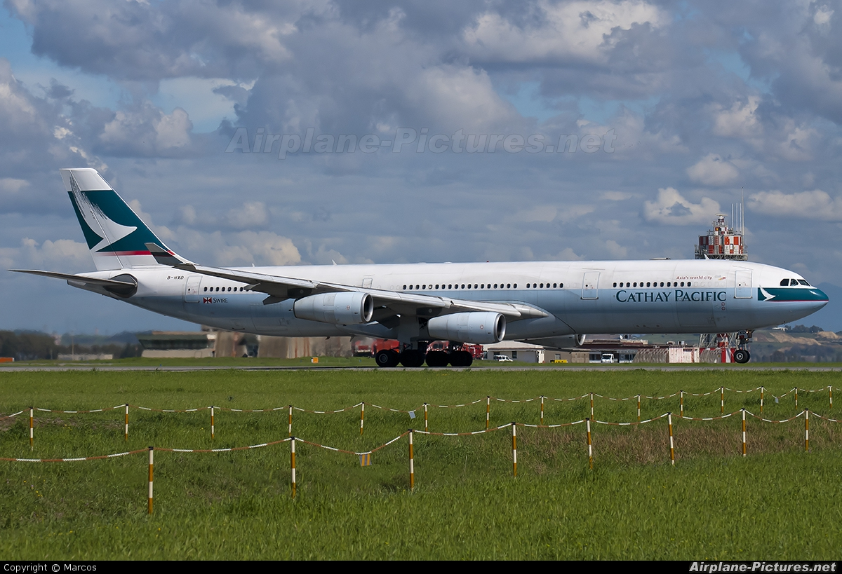 Cathay Pacific B-HXD aircraft at Rome - Fiumicino