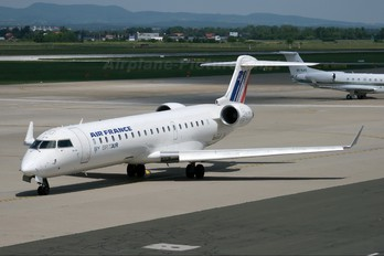 F-GRZK - Air France - Brit Air Canadair CL-600 CRJ-702