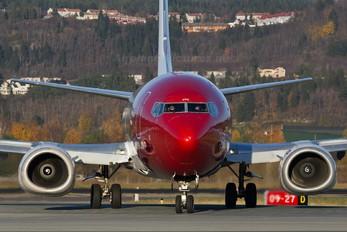 LN-KHC - Norwegian Air Shuttle Boeing 737-300