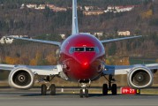 LN-KHC - Norwegian Air Shuttle Boeing 737-300 aircraft