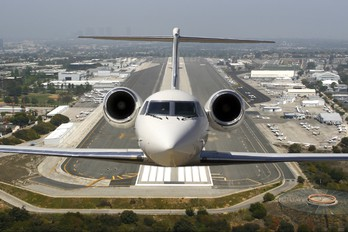 - - Private Gulfstream Aerospace G-IV,  G-IV-SP, G-IV-X, G300, G350, G400, G450