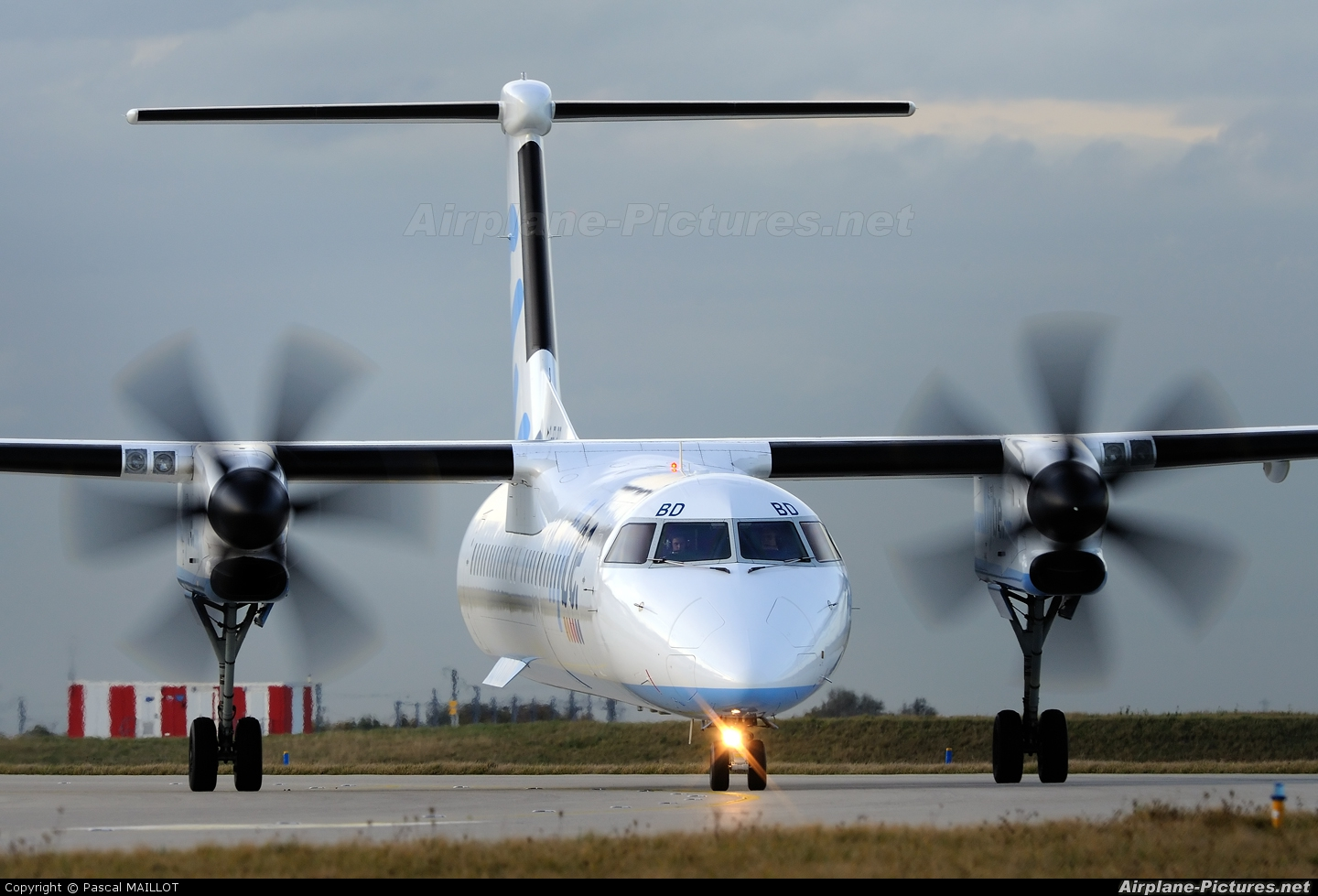 Flybe G-FLBD aircraft at Paris - Charles de Gaulle