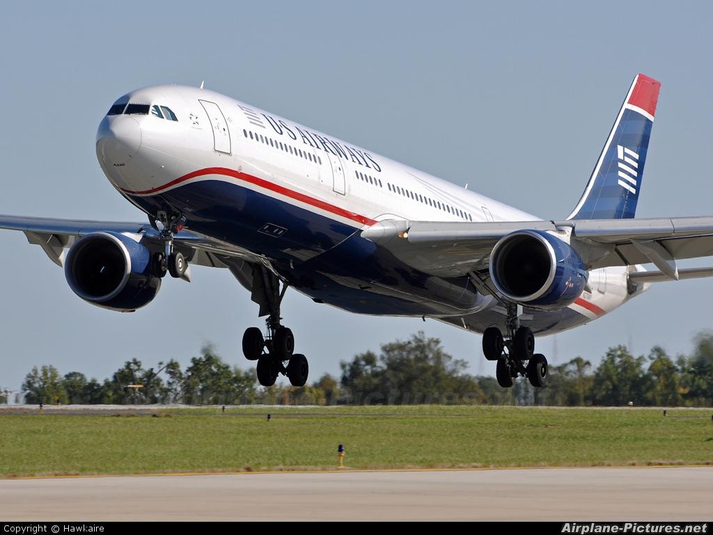 US Airways N270AY aircraft at Charlotte - Douglas Intl