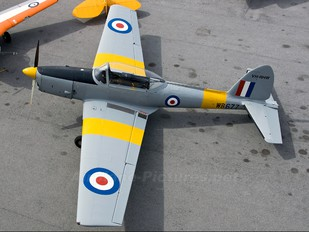VH-RHW - Private de Havilland Canada DHC-1 Chipmunk
