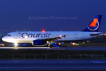 TC-OBI - Onur Air Airbus A320