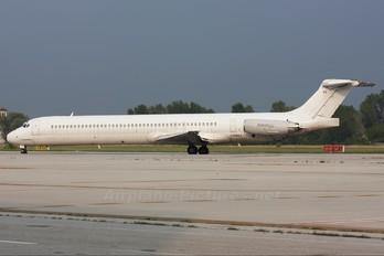 I-DAVJ - Itali Airlines McDonnell Douglas MD-82