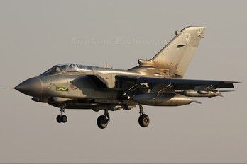 ZA544 - Royal Air Force Panavia Tornado GR.4 / 4A