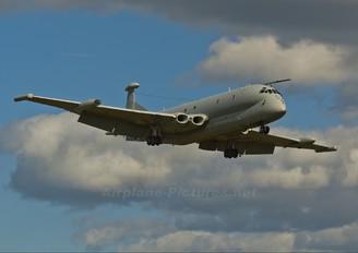 XV252 - Royal Air Force British Aerospace Nimrod MR.2