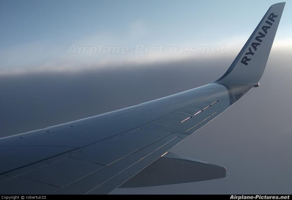 Ryanair EI-EBG aircraft at Dublin