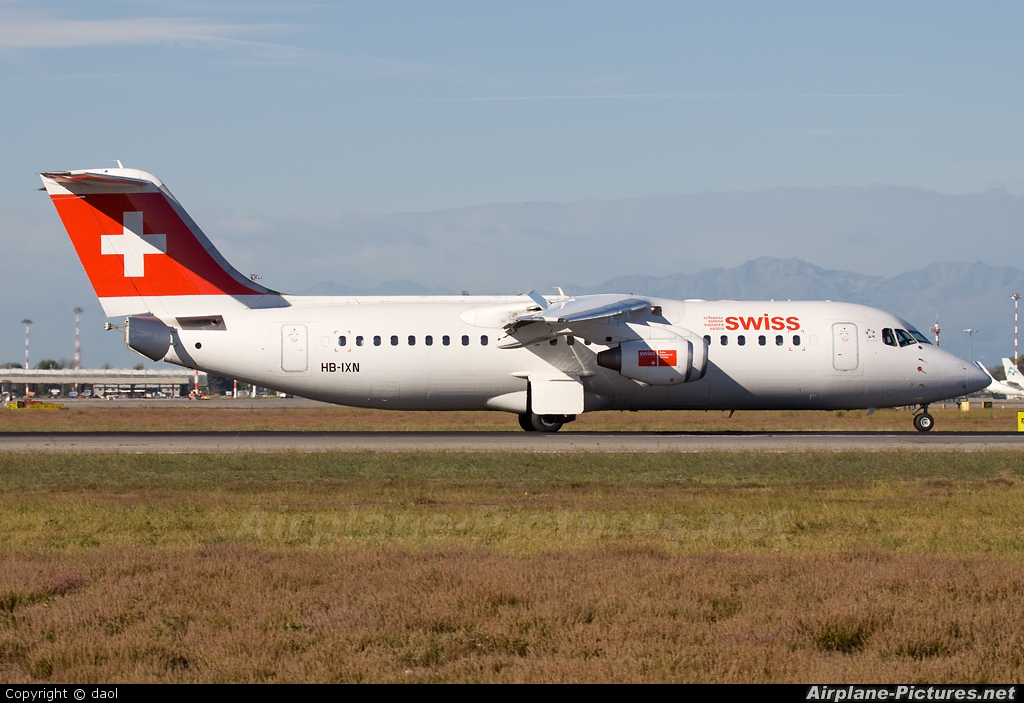 Swiss HB-IXN aircraft at Milan - Malpensa