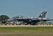 165677 - USA - Navy McDonnell Douglas F/A-18F Super Hornet aircraft