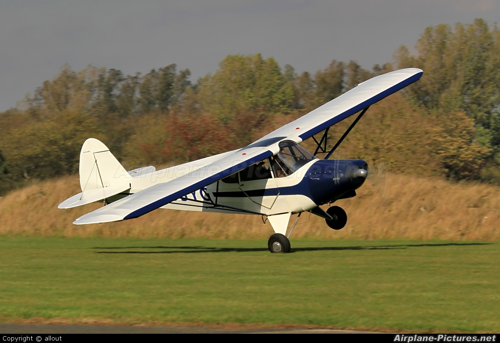 Piper PA-12 Super Cruiser Photos   Airplane-Pictures net