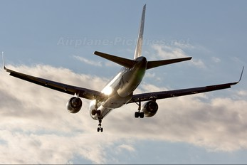 N717TW - Delta Air Lines Boeing 757-200