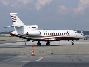 TY-AOM - Private Dassault Falcon 900 series