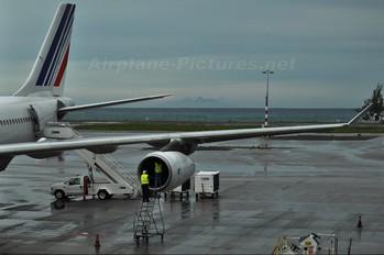 F-GNIH - Air France Airbus A340-300