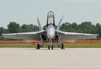 165919 - USA - Navy McDonnell Douglas F/A-18F Super Hornet