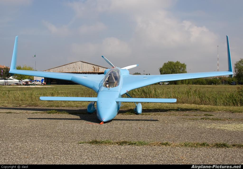 Bkak private rutan long ez at ferrara photo id 161497 airplane