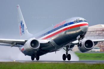 N944AN - American Airlines Boeing 737-800