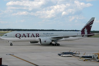 A7-BBB - Qatar Airways Boeing 777-200LR