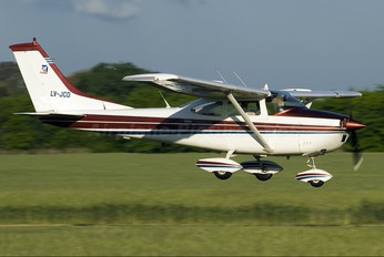 LV-JCD - Private Cessna 182 Skylane (all models except RG)