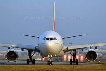 A6-EAS - Emirates Airlines Airbus A330-200