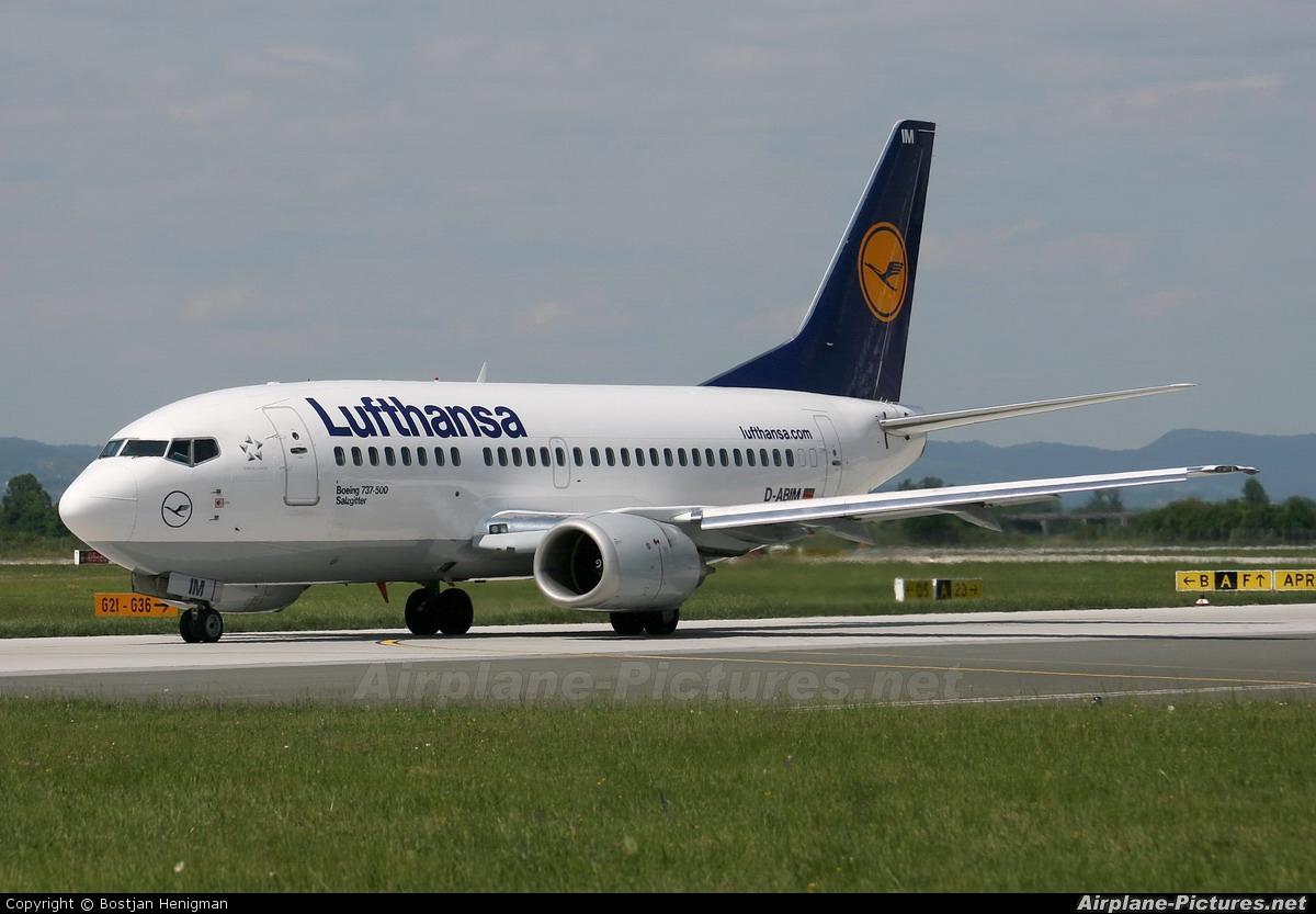 Lufthansa D-ABIM aircraft at Zagreb
