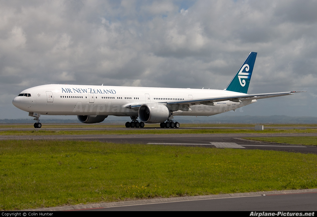 Air New Zealand ZK-OKP aircraft at Auckland Intl