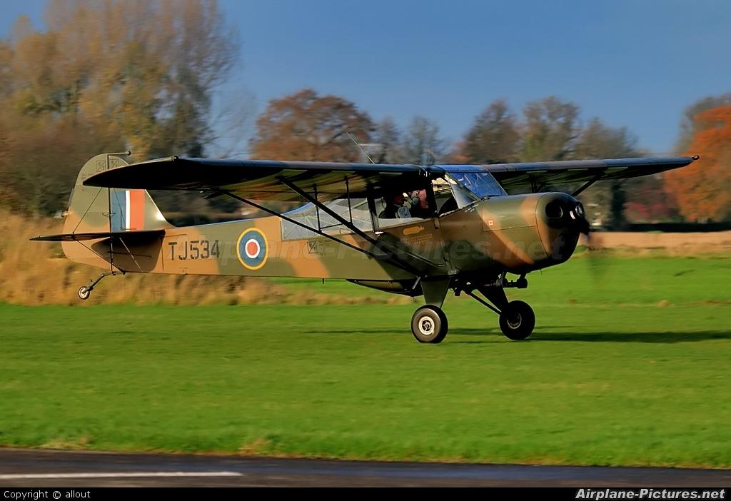 Private G-AKSY aircraft at Breighton