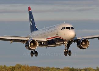 N756US - US Airways Airbus A319