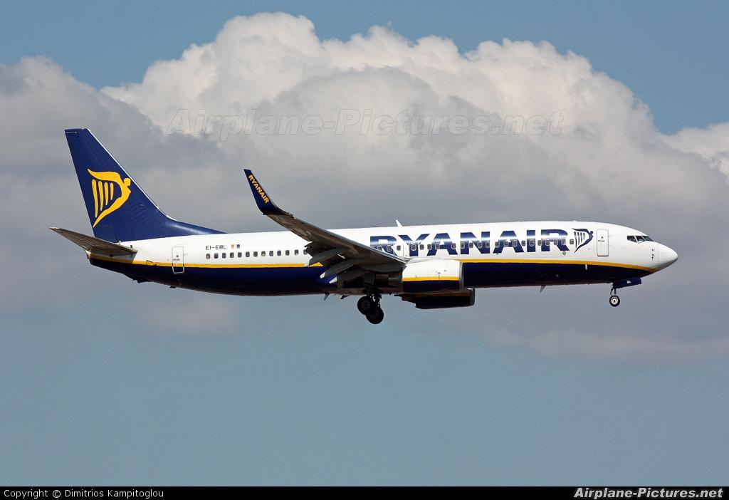 Ryanair EI-EBL aircraft at Palma de Mallorca