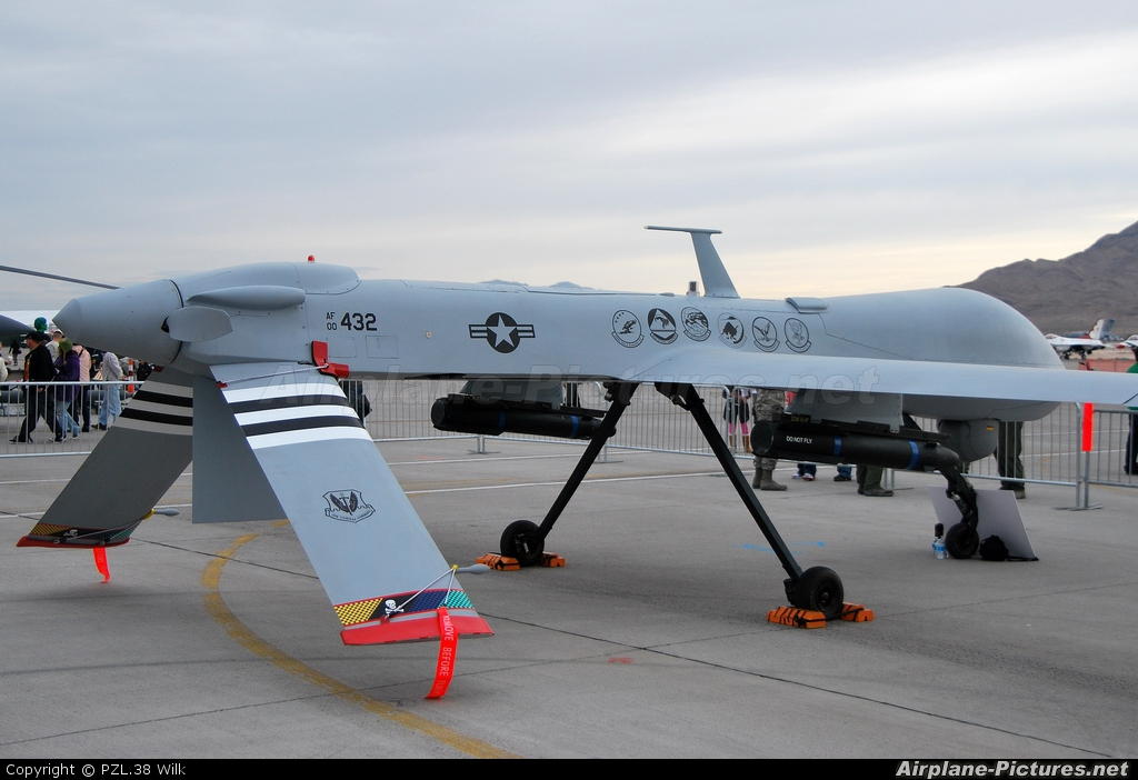Inside MQ-1 Predator Drone - The Most Little but Feared US Air ...