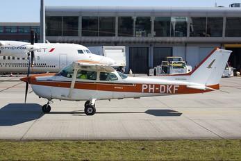 PH-DKF - Private Cessna 172 Skyhawk (all models except RG)
