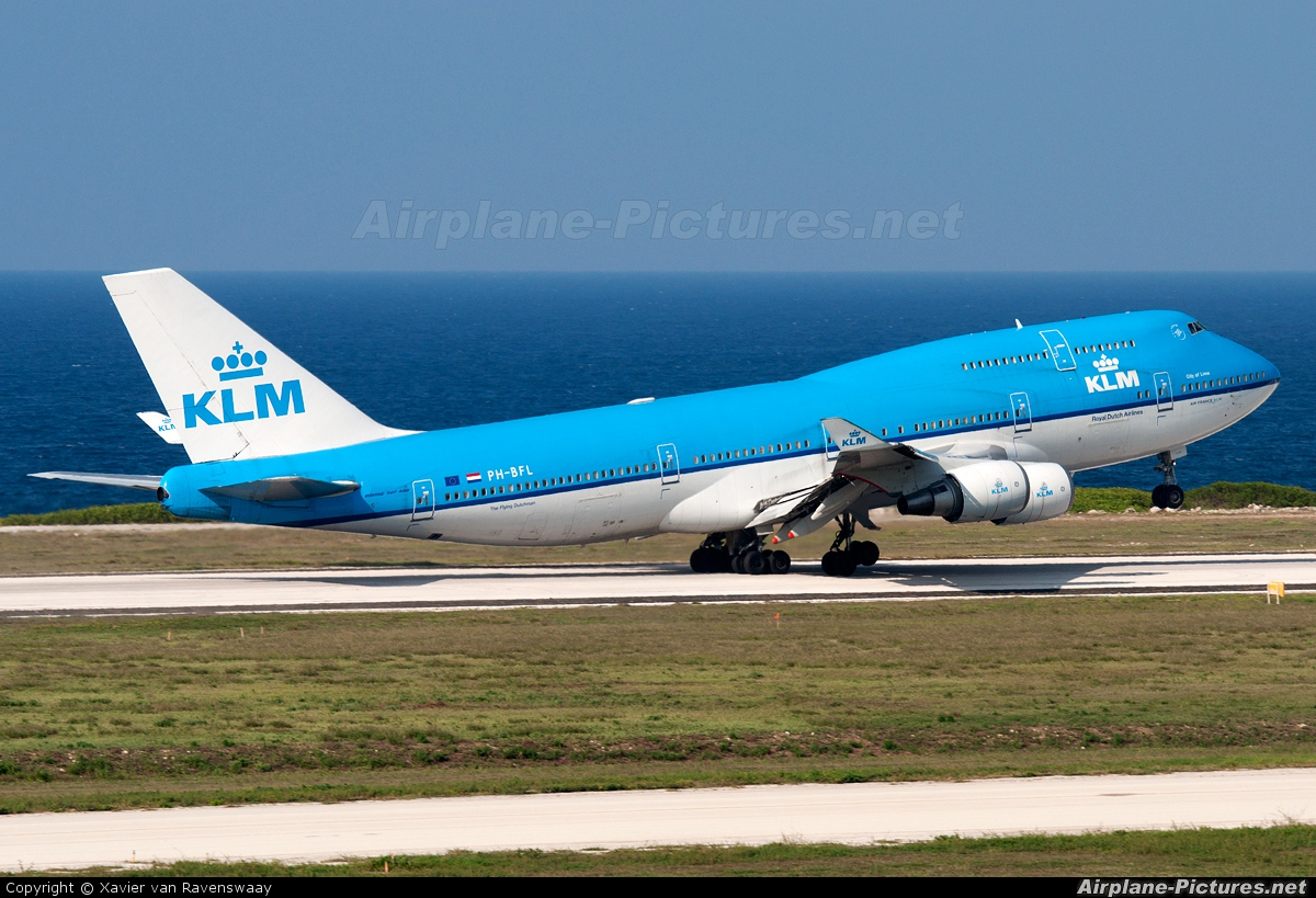 KLM PH-BFL aircraft at Hato / Curaçao Intl