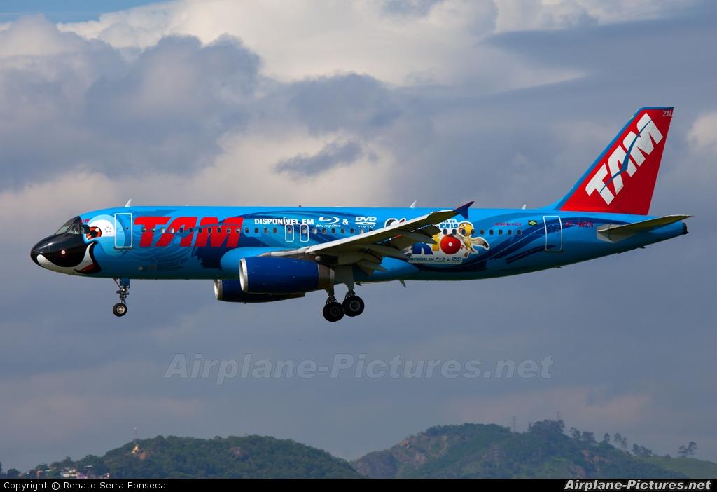 TAM PT-MZN aircraft at Rio de Janeiro - Galeao Int (Antonio Carlos Jobim)