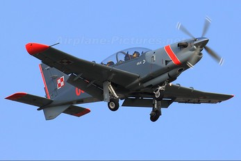 "037 - Poland - Air Force ""Orlik Acrobatic Group"" PZL 130 Orlik TC-1 / 2"