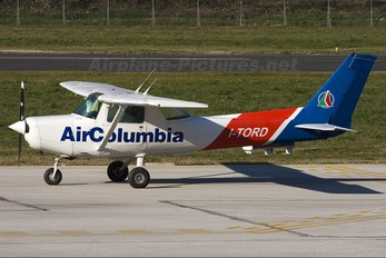 I-TORD - Air Colombia Cessna 152