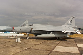 10-114 - Pakistan - Air Force Chengdu / Pakistan Aeronautical Complex JF-17 Thunder
