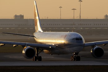 I-EEZJ - Eurofly Airbus A330-200
