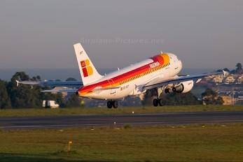 EC-KFT - Iberia Airbus A319