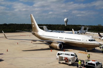 N88WR - Private Boeing 737-700 BBJ
