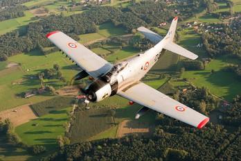F-AZFN - Association des Mécaniciens Pilotes d'Aéronefs Anciens' Douglas A-1D Skyraider
