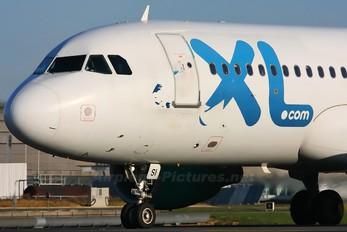 F-GRSI - XL Airways France Airbus A320