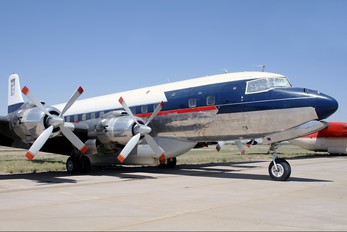 N4887C - International Air Response Douglas DC-7B