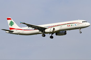 F-ORME - MEA - Middle East Airlines Airbus A321