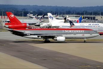 N144JC - Northwest Airlines McDonnell Douglas DC-10-40