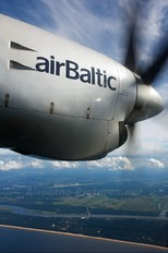 YL-BAO - Air Baltic Fokker 50
