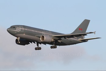 15002 - Canada - Air Force Airbus CC-150 Polaris