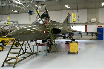 AR-109 - Denmark - Air Force SAAB RF 35 Draken